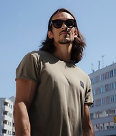 Julien in CHEAP MONDAY Standard Edge T-Shirt khaki
