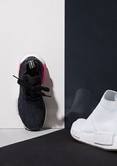 "ADIDAS NMD_R1 in ""Black/Shock Pink""  