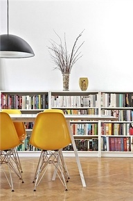 A great injection of yellow really brings a room to life.