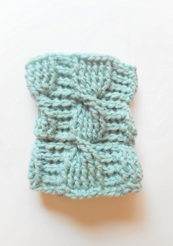 Cable Stitch Coffee Cozy in Seafoam Green Wool ready to by luvbuzz