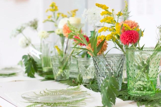 Tischdeko sommer wildblumen kr uter f r ihren tisch - Sommer tischdeko ...