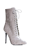 Annie Boot >