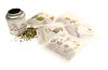 Die Tees von LUDWIG BECK MUNICH sind entweder lose in der Blechdose (je nach Sorte 50g, 75g oder 100g für € 14,95) oder in praktischen Tee-Sachets (€ 6,95 pro 20 Gramm-Sachet) erhältlich.