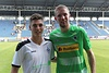 Morris Nag mit Weltmeister Christoph Kramer beim Testspiel gegen Borussia Mönchengladbach