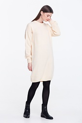 LOOSE-FITTING MILKY KNIT DRESS
