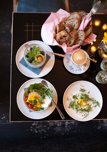 Frühstück Im Kauf Dich Glücklich Café Berlin
