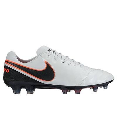Fußballschuhe Breiter Fuß