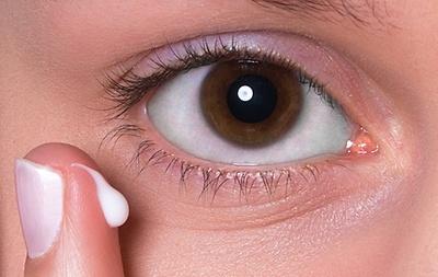 Schritt Fur Schritt Zum Gelungenen Augen Make Up