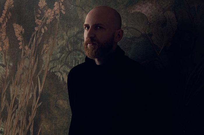 Martin Bergströms eerste collectie voor Photowall: bloemen van weleer
