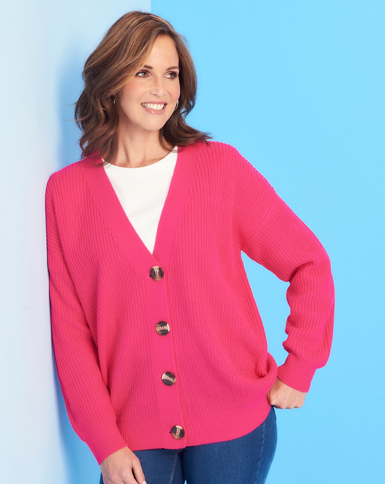85d2574451adc How To Wear A Cardigan Without Looking Frumpy