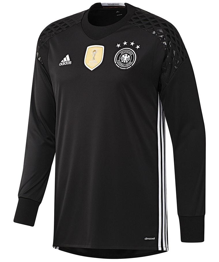 Sportartikel & Sportbekleidung online bestellen im engelhorn sports ...