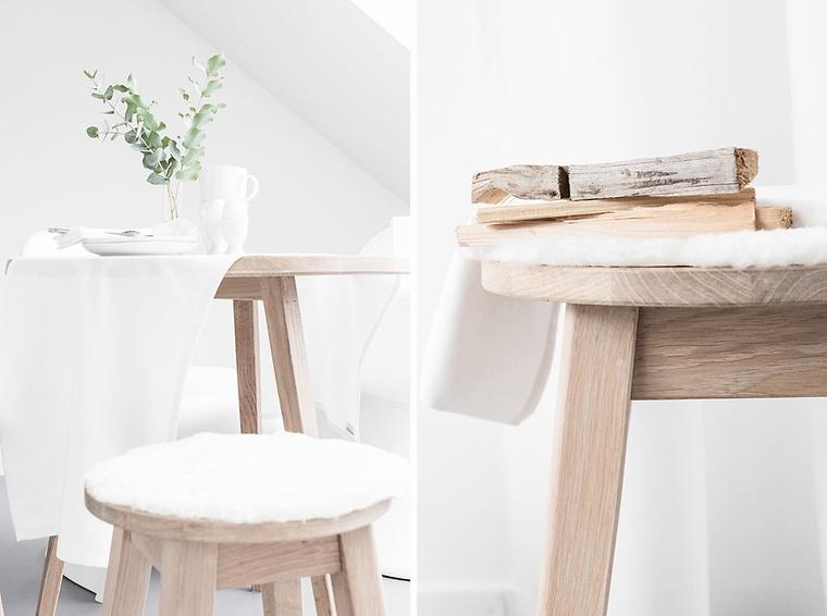 Holztisch Und Holzhocker Im Skandinavischen Design