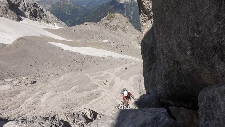 Klettersteig Zugspitze Stopselzieher : Stopselzieher klettersteig zugspitze mit bergführer
